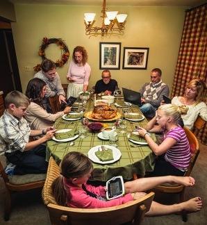 Texting-at-table