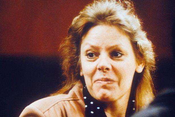 SERIAL-KILLER-AILEEN-WUORNOS-1992.jpg